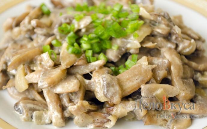 Жареные грибы со сметаной. Шампиньоны жареные