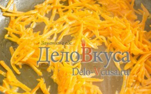 Печеночный паштет: Обжарить морковь