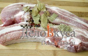 Свиные ребрышки в фольге: Добавляем специи