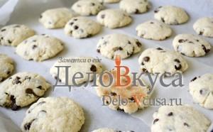 Печенье с кокосовой стружкой и шоколадом: Выпекаем печенье