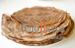 Шоколадные блины с творогом. Сладкие роллы из блинчиков с персиками: фото к шагу 10