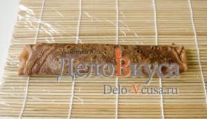 Шоколадные блины с творогом. Сладкие роллы из блинчиков с персиками: фото к шагу 18