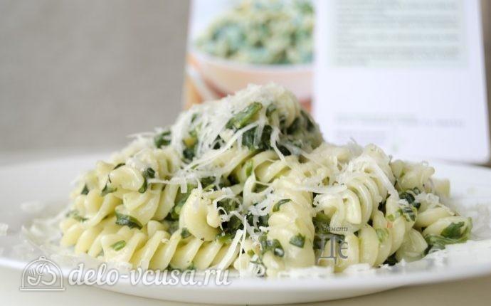 Паста со шпинатом и рикоттой (Fusilli agli spinaci e ricotta)