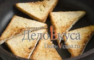 Бутерброды со шпротами: Обжарить хлеб до румяной корочки