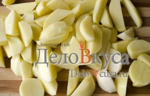 Говядина с картошкой в горшочке: Нарезать картошку