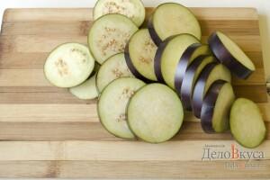 Жареные баклажаны с чесночным соусом: фото к шагу 1.