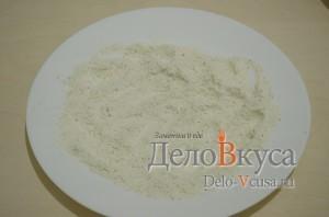 Куриная печень жареная: Подготовить панировку