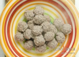 Суп с фрикадельками: Вынимаем готовые фрикадельки