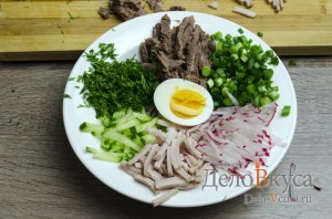 Окрошка на квасе: Сервируем блюдо