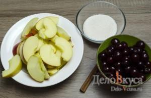 Компот из вишни и яблок: Подготовить яблоки и вишню