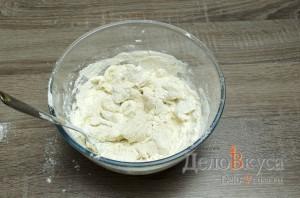 Штрудель с вишней: Замешиваем тесто для штруделя