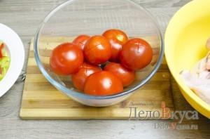Чахохбили: Надрезать помидоры