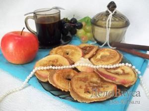 Яблоки в кляре с корицей