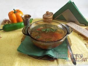 Суп с фрикадельками и яйцом