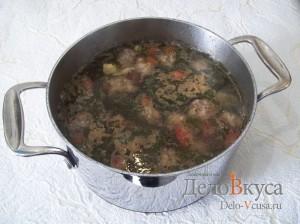 Суп с фрикадельками и яйцом: Добавить фрикадельки