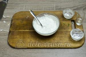 Шаурма в домашних условиях: Хорошо перемешать соус