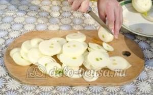 Шашлык из свинины: Подготовим лук