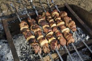 Шашлык из свинины: Проверяем готовность