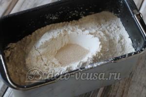 Пшеничный хлеб в духовке: Добавить дрожжи