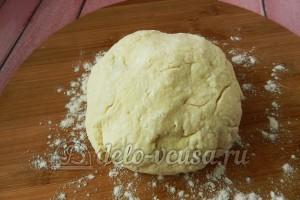 Творожные булочки: Замесить тесто