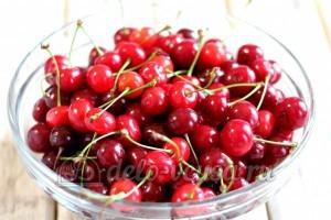Варенье из вишни в мультиварке: Ингредиенты