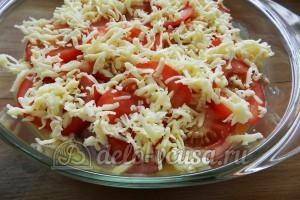 Свинина с овощами в духовке: Посыпаем форму сыром