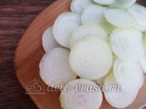 Овощная приправа: Порезать лук