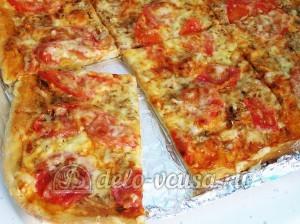 Пицца с тунцом: Даем пицце немного остыть