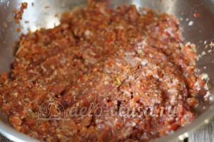 Фаршированный перец с рисом: Хорошо перемешать начинку