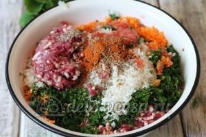 Долма из баранины: Соединить ингредиенты для начинки