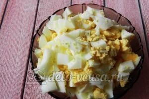 Пирог с яйцом и укропом: Яйца  для начинки порезать