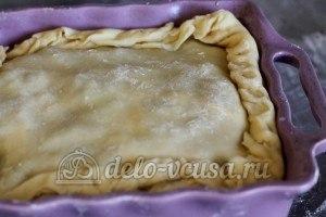 Пирог с ливером: Накрываем пирог тестом
