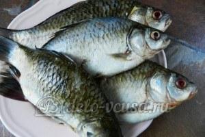 Рыба по-восточному: Почистить рыбу