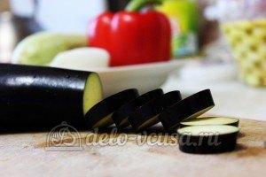 Удон с овощами: Баклажаны порезать