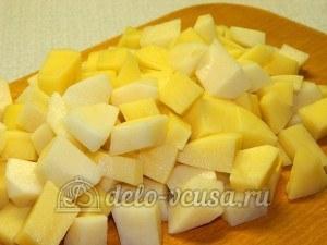 Щи с фрикадельками: Картошку нарезать кубиками
