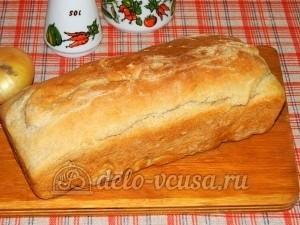 Ржаной хлеб с пшенной мукой: Остудить хлеб на решетке