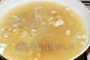 Тефтели с горчицей: Ввести желток в соус