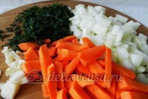 Паштет из свиной печени: Очистить овощи
