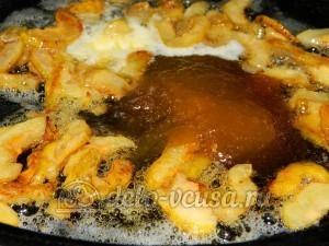 Десерт из айвы с творогом: Добавить мед