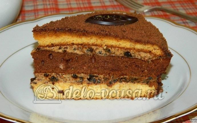 Бисквитный торт с черносливом