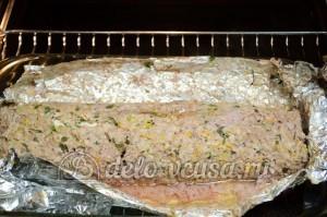 Мясной рулет с яйцом: Запекаем до готовности