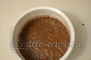 Пирог с шоколадной начинкой: Добавляем шоколад