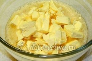 Бисквитные пирожные: Добавить сливочное масло