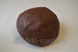 Ореховое печенье с шоколадом: Замесите тесто
