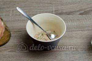 Лаваш с курицей: Смешать ингредиенты для приправы
