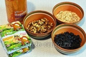 Творог с овсянкой, орехами и изюмом: Ингредиенты