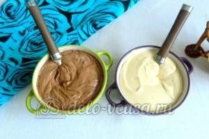 Мраморный кекс в мультиварке: Разделить тесто напополам