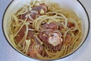 Курица маринованная в кефире в духовке: Перемешать