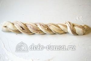 Эстонская булочка с корицей: Сворачиваем тесто в жгут
