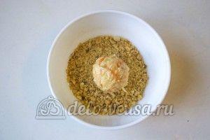Овощные шарики с сыром: Сформировать шарики